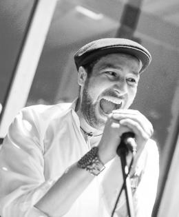 Julian Wiliams (lead vocals)